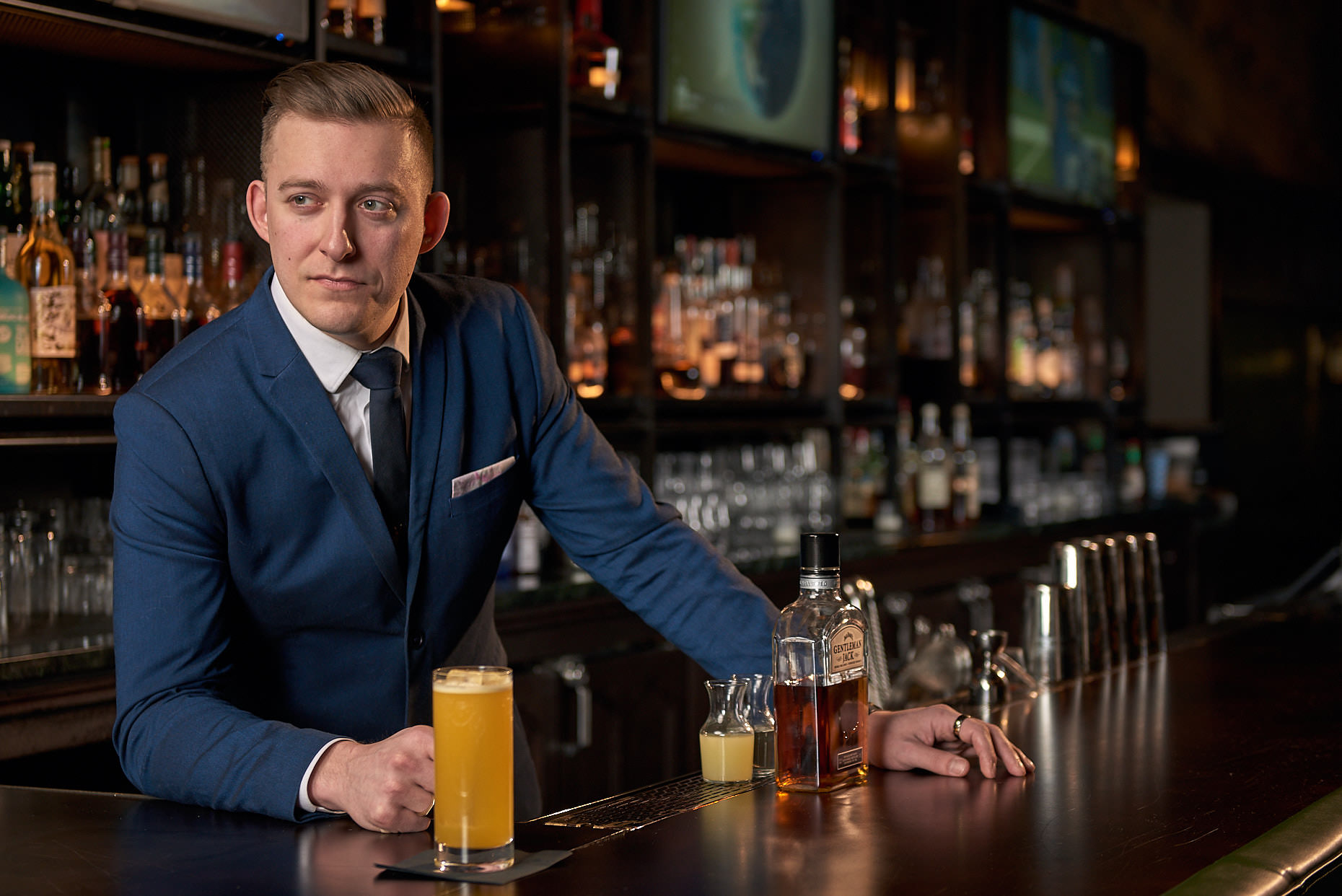 Jason Tracy - Edtorial Photographer Kansas City - Savoy Hotel & Restaurant Beverage Coordinator Dominic Petrucci